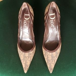 Dior Pointed Toes Pumps